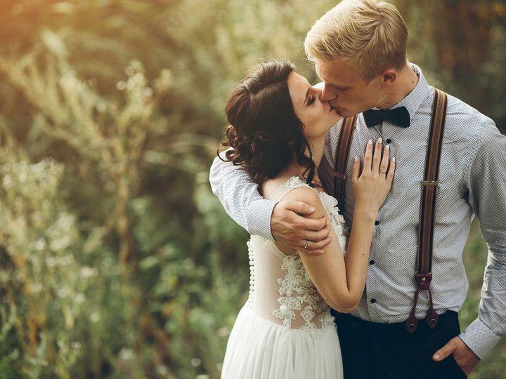 Tmx 1519333872 40db0fc2c36bd664 1519333870 0d59491196e08856 1519333846108 10 Kissing 425904523 Elmer wedding venue
