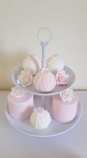 Mini and sphere cakes