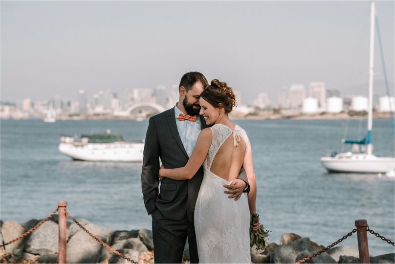 Bride and Groom portraits at Kona Kai Resort in San Diego