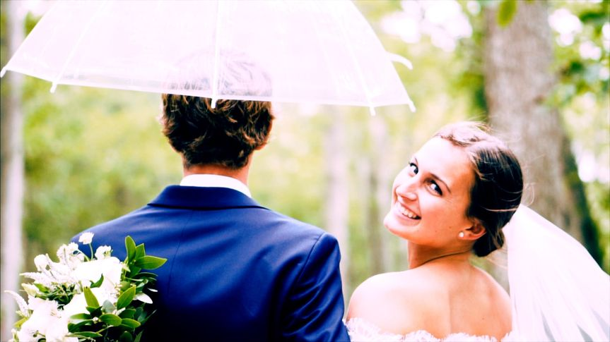 Get under that umbrella!