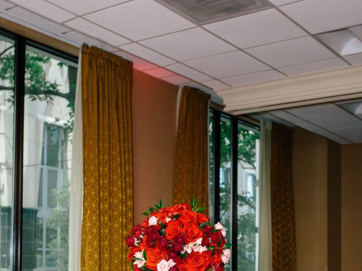 Tmx 3j9a60301 51 748833 1567019427 Huntersville, NC wedding florist
