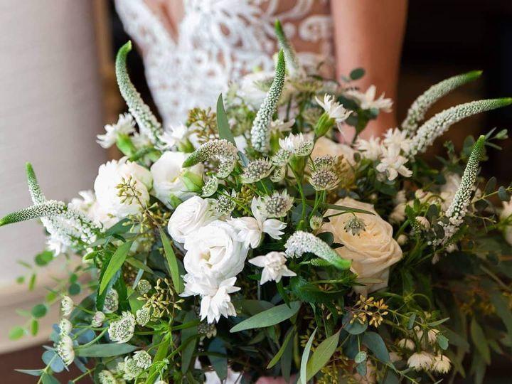 Tmx 55901987 778118309254959 4255578073618972672 O 51 748833 1567019096 Huntersville, NC wedding florist
