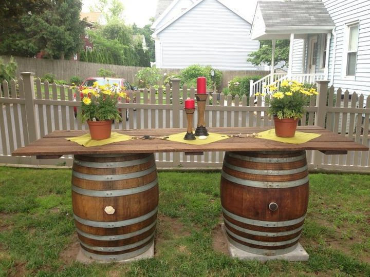 "3/4"" Table Top with 2 Wine Barrels"