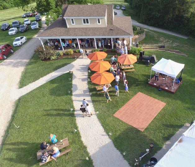 Outdoor reception site