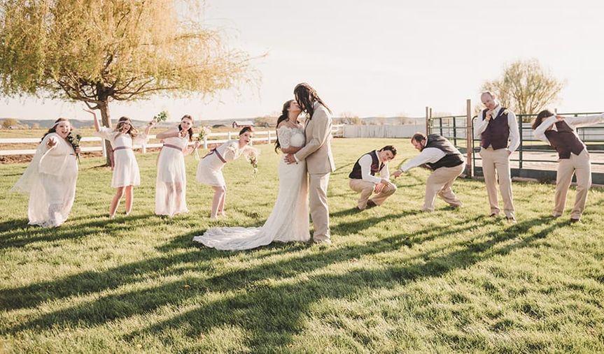Wedding party pose on venue