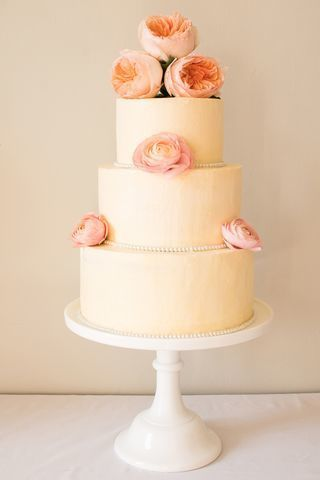 Buttercream & fresh peonies and ranunculus