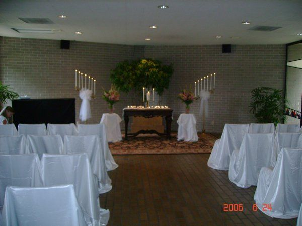 Our smallest Chapel holds 65 people, a more traditional, intimate setting.