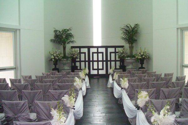 Our Tower of Light provides a more dazzling, light-filled space and can seat up to 120 guests!