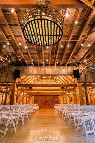 Tmx 1473259063340 E2d8f4bf A795 4d08 8b45 0ba41975d694rs2001.480.fit Weatherford, Texas wedding venue