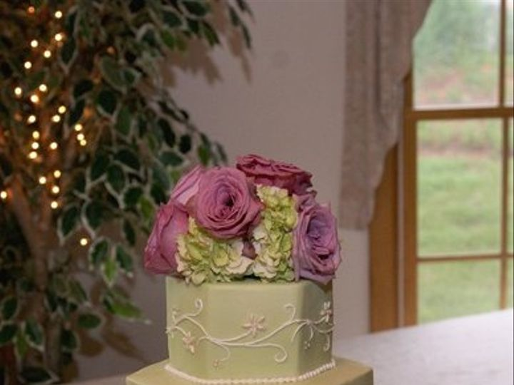 Tmx 1219868978619 Greenbeadedhex1 Lancaster wedding cake