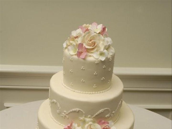 Tmx 1219879911420  DSC4194BIG Lancaster wedding cake