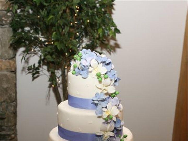 Tmx 1219881763983 Hydrangeaandorchids Lancaster wedding cake