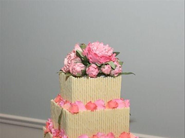 Tmx 1220011372405 Whitechocolatecurls Lancaster wedding cake