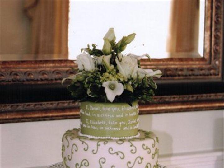 Tmx 1255815193301 Greenvowsandscrolls Lancaster wedding cake