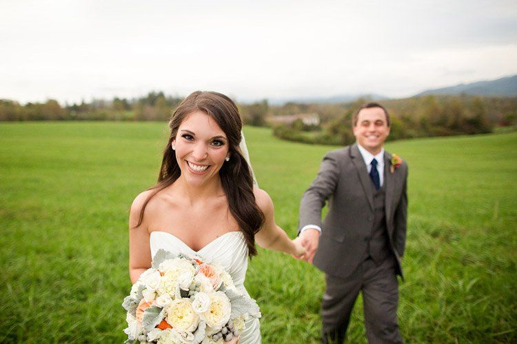 800x800 1351013817064 oakridgeestateweddingoakridge376