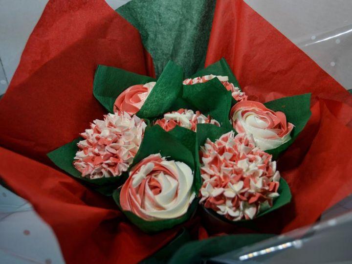 Tmx 1516308834 317e9a81a886487e 1516308833 179e56d7cb5e7e7f 1516308832651 2 SZ 8 Paso Robles, California wedding cake
