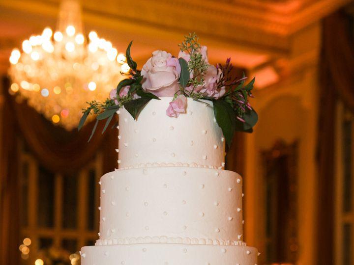 Tmx 0311 Ajw 0768 3359 51 21043 Saint Louis wedding cake