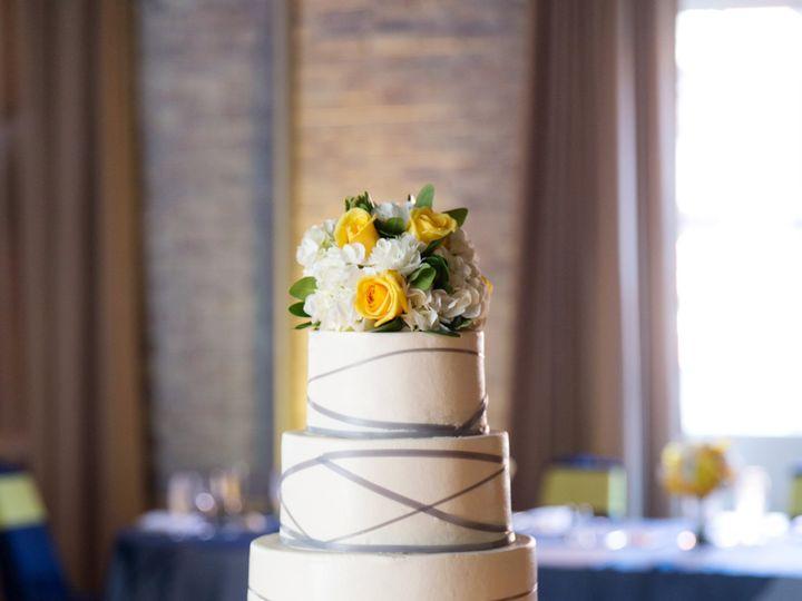 Tmx Tb 0698 2099 51 21043 Saint Louis wedding cake