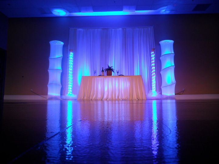 4 led tower wedding lighting for your head table or sweetheart table in blue. (available in your...