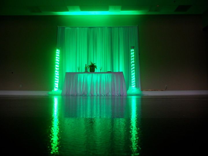 2 led tower wedding lighting for your head table or sweetheart table in green. (available in your...
