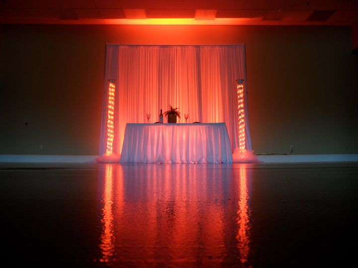 2 led tower wedding lighting for your head table or sweetheart table in red. (available in your...