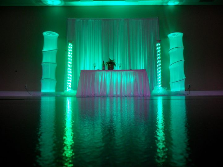 4 led tower wedding lighting for your head table or sweetheart table in green. (available in your...
