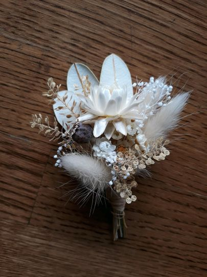 Dried Boutonniere