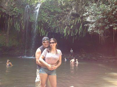 raymond and rebecca on honeymoon to maui hawaii bo