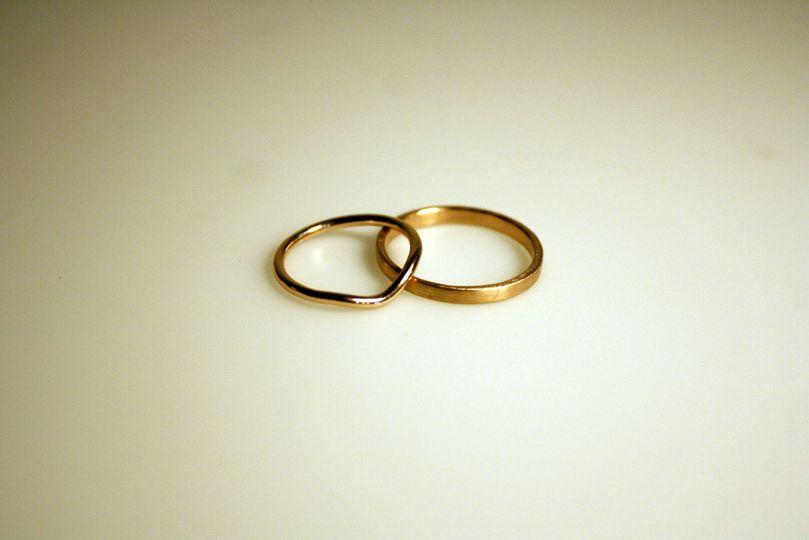 18kt rose gold wedding bands