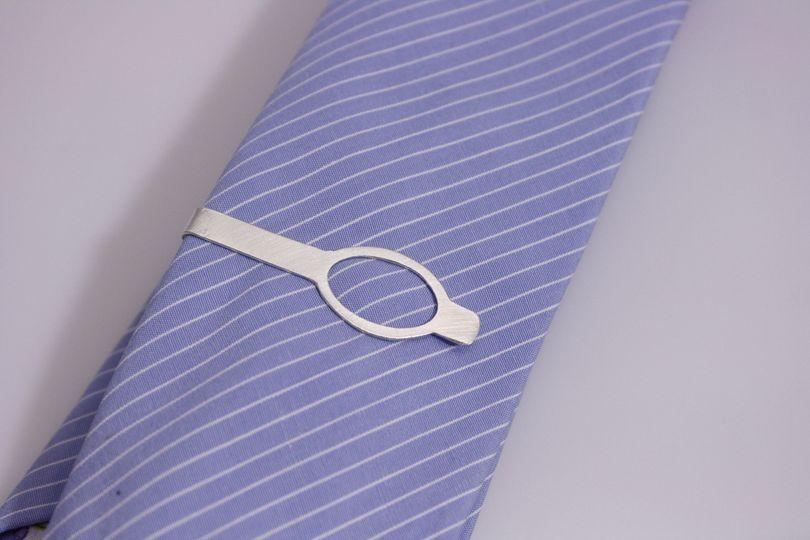Sterling Silver Open Oval Skinny Tie Bar