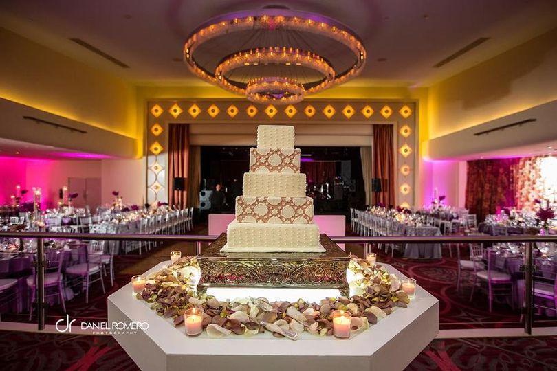 Square cut cake