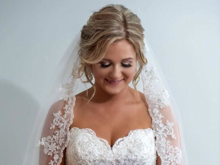 Tmx 1537991990 73e9c21ff076ef7a 1537991989 F7aeb4390c0d5099 1537992694688 13 42316864 85915823 Park Ridge, IL wedding beauty