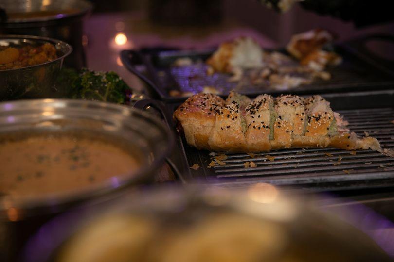 Sumptuous hot food