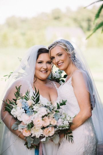 Holding a bouquet together