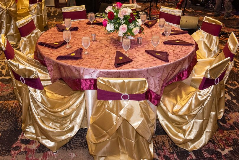 A melody of gold and burgundy