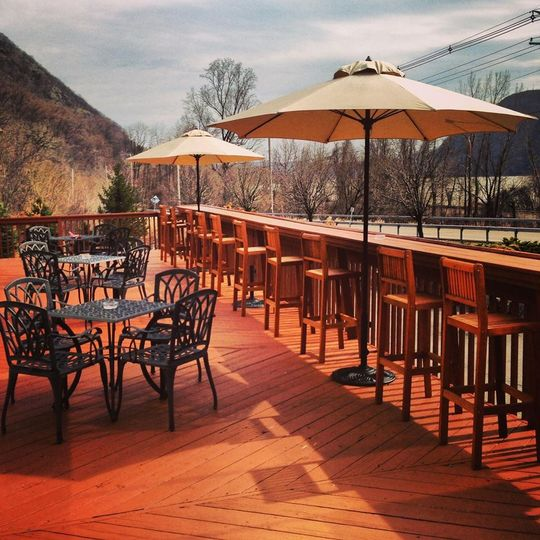 Wedding Venues In Hudson Valley Ny: Chalet On The Hudson