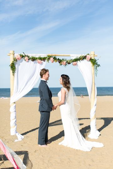 The beach wedding arch