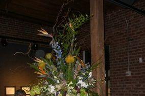 Chez Julie's Florist & DJ Service