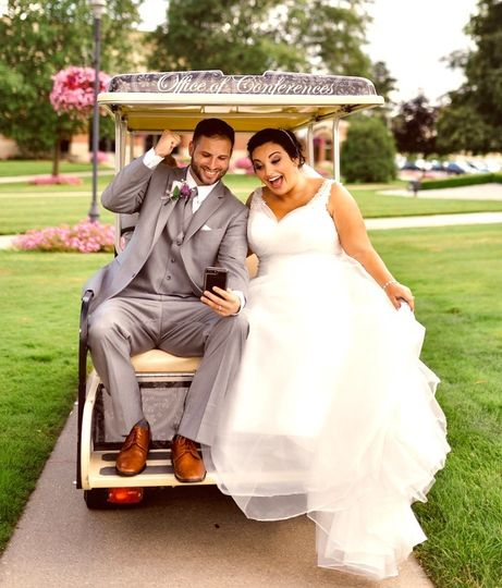 Newlyweds on the golf cart