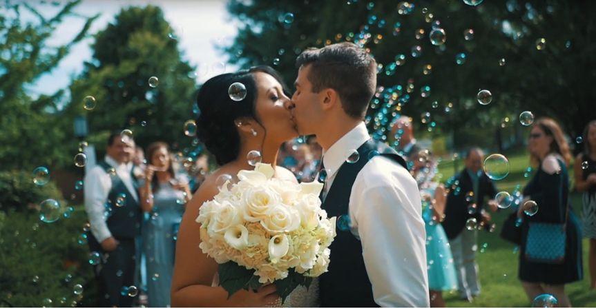 A wedded kiss - Spencer Wadlington Wedding Video