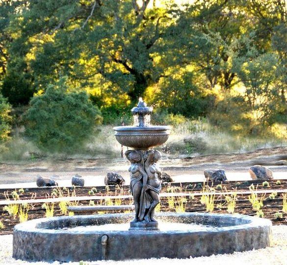 Garden fountian