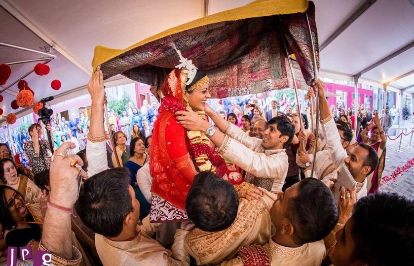 03559737b842300b 1517071844 ffe57522153bd6a6 1517071844460 1 Indiand wedding Br