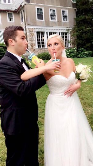 Bride and groom enjoying Del's Lemonade