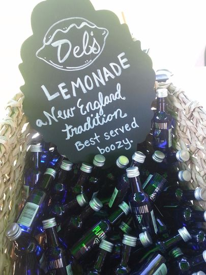 Del's Lemonade bottles
