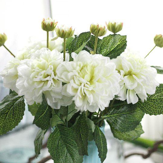 Silk dahlia bouquet
