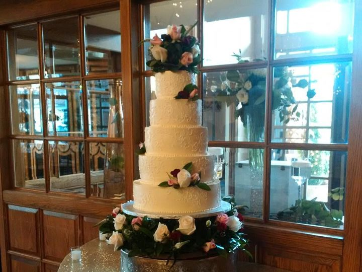 Tmx 1523291895 C30b841d3fbe9fee 1523291894 3cc91d5d2cfd886b 1523291890129 1 Oooooooo Lunenburg, MA wedding planner