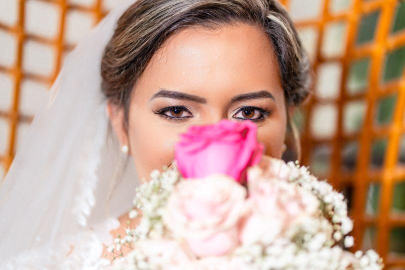 Face & bouquet