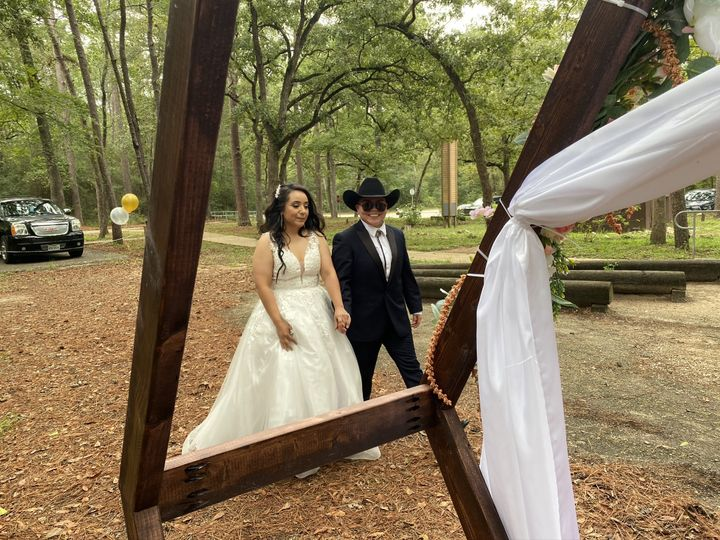 Tmx Img 1569 51 1993243 160549769931541 Spring, TX wedding officiant