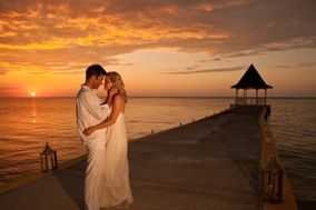 Tie the Knot Abroad