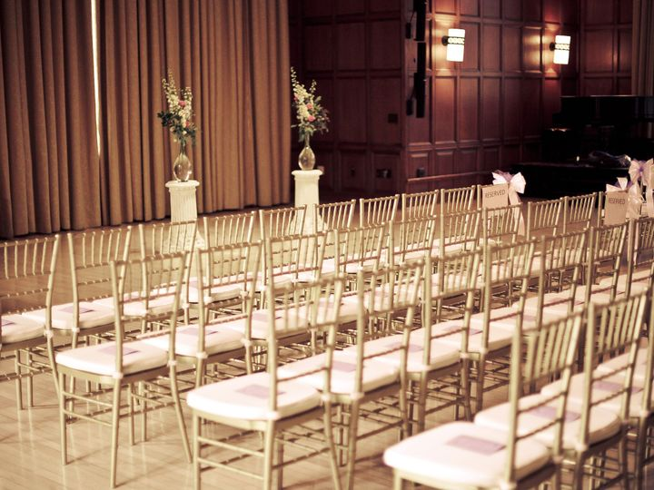 Tmx 1515880929 9baad1e7c8c83883 1515880927 2ab6cec154295432 1515880914567 1 IMG 003 Farmington, MI wedding planner